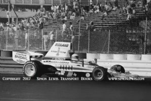 Lola T332. Brian Redman. Photo Long Beach GP F5000 1975